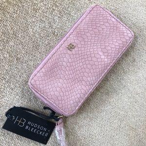 Handbags - Hudson Bleecker smartphone wallet